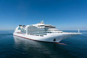 ´Seabourn Encore, hier während ihrer letzten Probefahrt Anfang November, wurde heute bei einer offiziellen Zeremonie in Marghera, Italien an die Reederei übergeben und ist das vierte Schiff der Ultra-Luxus-Flotte Seabourn, ©Seabourn
